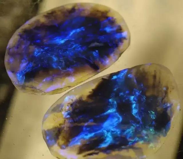 日落蛋白石   星系蛋白石   海洋蛋白石   铋   闪电云黑蛋白石